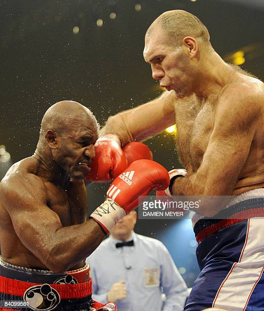 Russia's Nikolai Valuev fight against US Evander Holyfield for the WBA heavyweight title on December 20, 2008 at Hallenstadion in Zurich. Valuev...