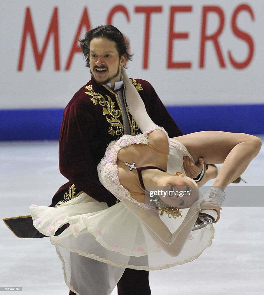 Russia's Okasana Dommina and Maxim Shabalin perform their free dance at the Dom Sportova Arena in Zagreb, 25 January 2008, during the European Figure Skating Championships 2008. Russia's Okasana Dommina and Maxim Shabalin won the European title.