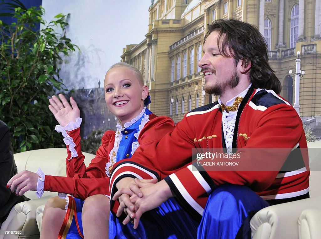 Russia's Okasana Dommina and Maxim Shabalin wait for their score perform their original dance at the Dom Sportova Arena in Zagreb, 24 January 2008, during the European Figure Skating Championships 2008.