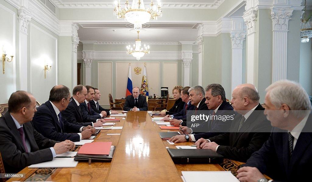 RUSSIA-UKRAINE-POLITICS-CRISIS-PUTIN-ARMY : News Photo