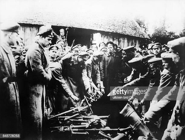 Russland Bürgerkrieg Soldaten von General Kornilowsantibolschewistischem Freikorp in Südrussland Frühjahr 1918