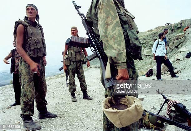 Russland, Tschetschenien - Tschetschenien-Konflikt - russische Soldaten - August 2003