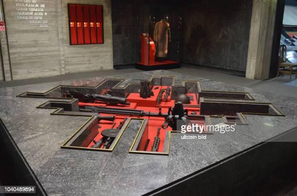 """Russland Wolgograd 1925 – 1961 Stalingrad Museum """"Schlacht von Stalingrad"""" eröffnet am 6 Mai 1985 8 Ausstellungsräume mit mehr als 3500 Exponaten 4..."""