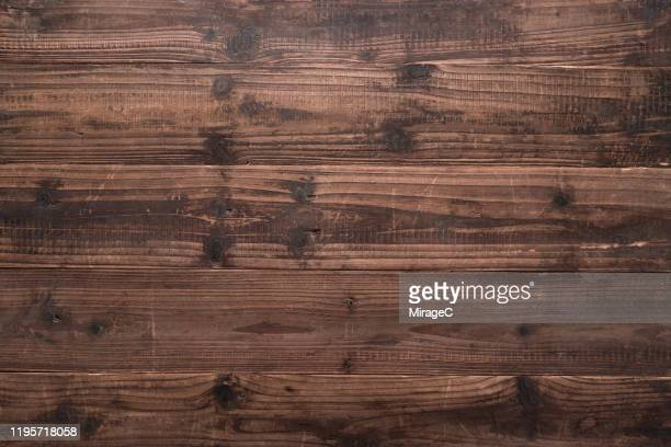 rustic brown weathered wood grain - draufsicht stock-fotos und bilder