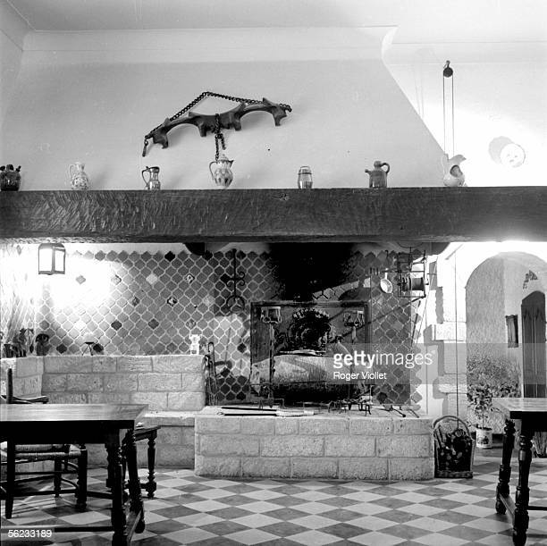Rustic fireplace Kitchen with spit Close to the Pont du Gard September 1958 RV156374