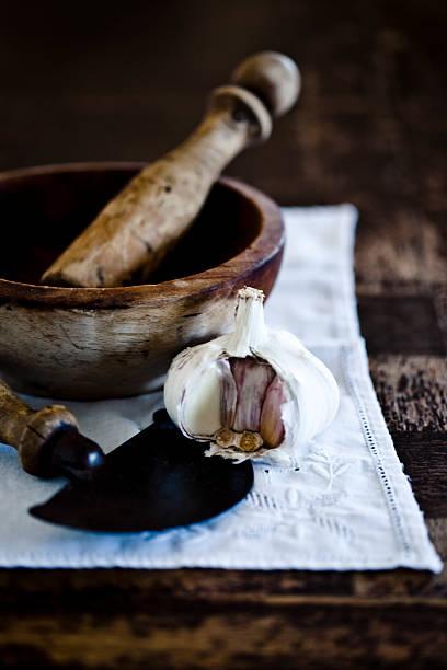 Rustic garlic