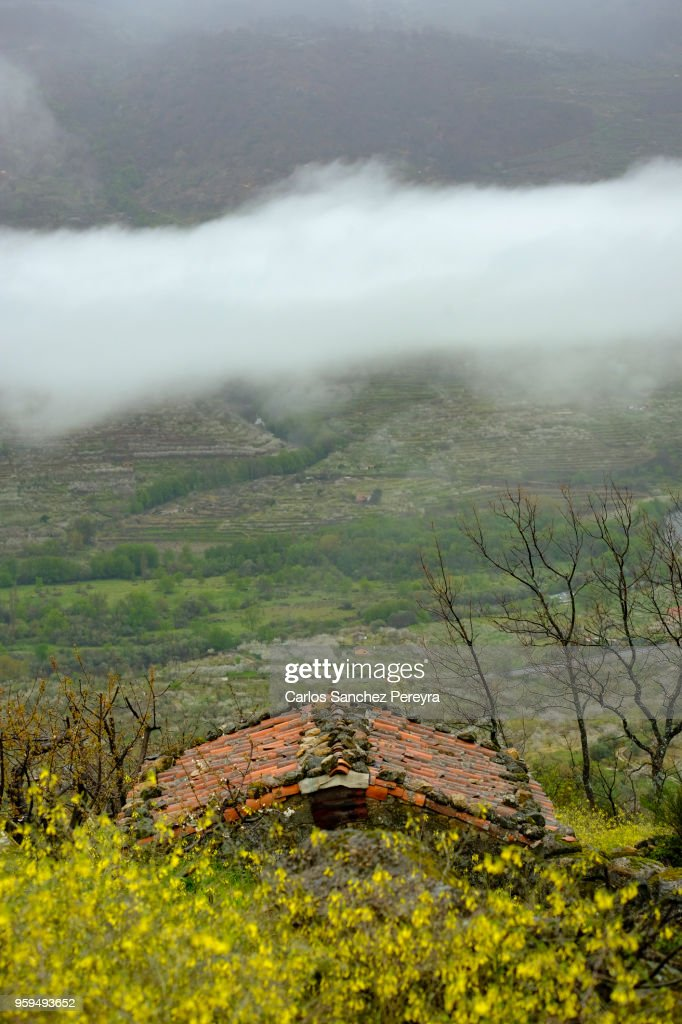 Rustic house in Jerte Valley : Stock-Foto