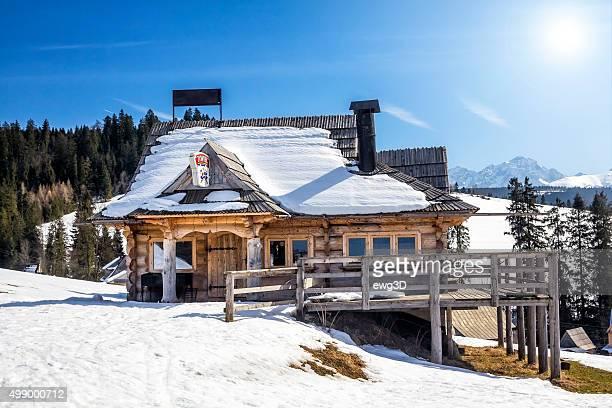 Rustikale pub im Tatra-Gebirge, Polen