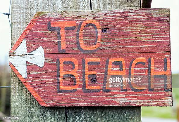 Rustic 'To Beach' Sign