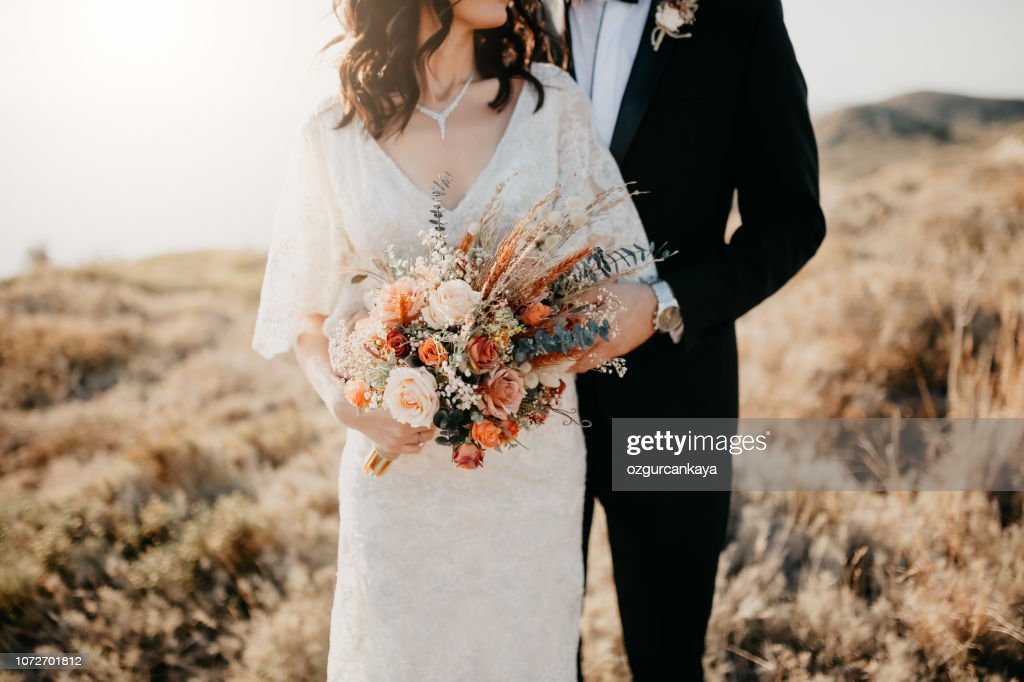 Rustic wedding bouquet : Stock Photo