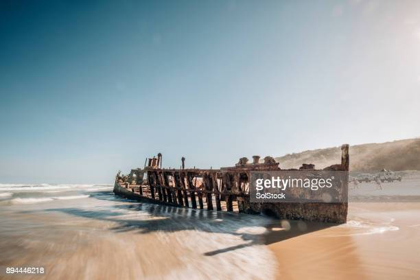 rusting maheno shipwreck on fraser island - shipwreck stock pictures, royalty-free photos & images