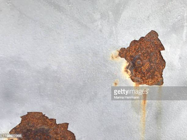 rusty and peeling structure - chipping stock pictures, royalty-free photos & images