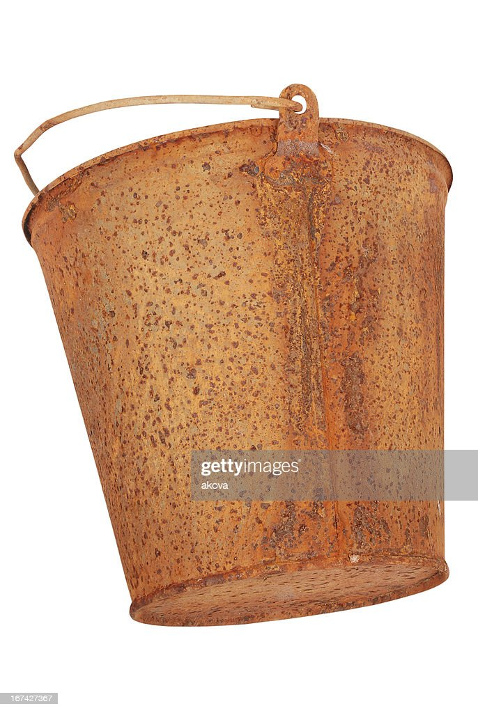 Rusty bucket (Clipping path) : Stock-Foto