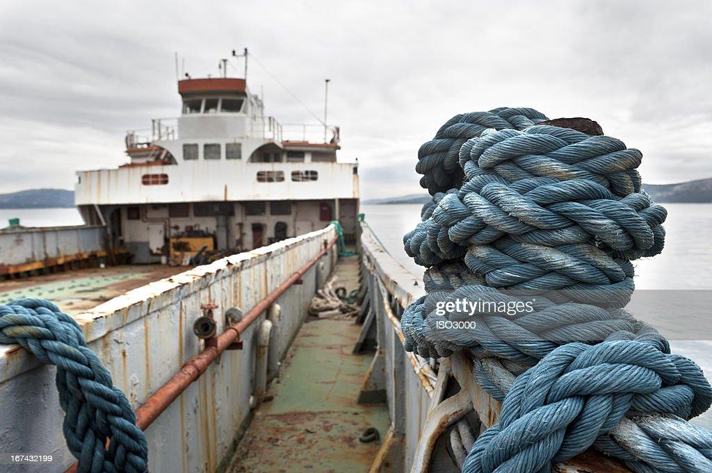 Enferrujado Navio : Foto de stock