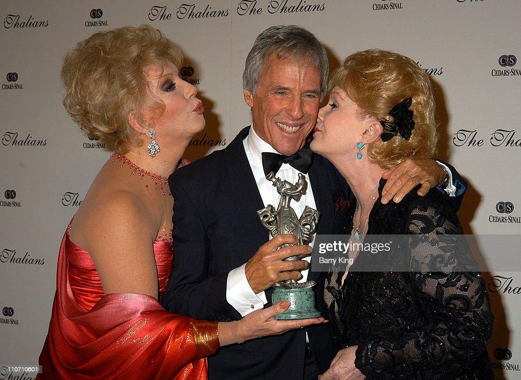 The Thalians Honor Burt Bacharach At 48th Annual Ball : Nachrichtenfoto