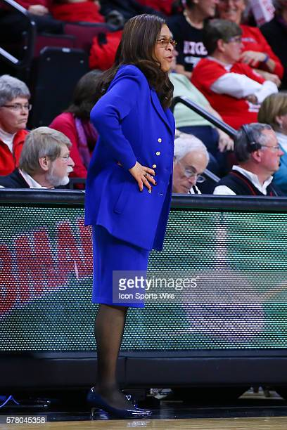 Rutgers Scarlet Knights head coach C. Vivian Stringer during the first half of the game between the Rutgers Scarlet Knights and the Illinois Fighting...