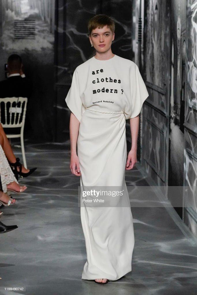 Christian Dior : Runway - Paris Fashion Week - Haute Couture Fall/Winter 2019/2020 : News Photo