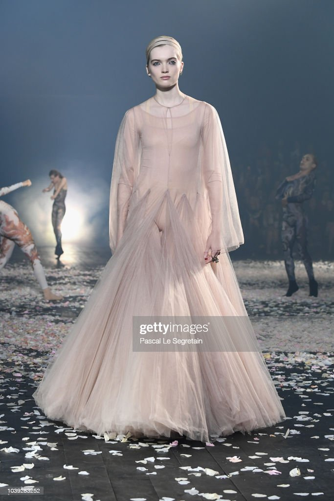 Christian Dior : Runway - Paris Fashion Week Womenswear Spring/Summer 2019