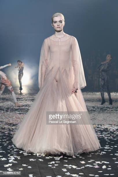 A model presents a creation by Christian Dior during the SpringSummer 2019 ReadytoWear collection fashion show in Paris on September 24 2018