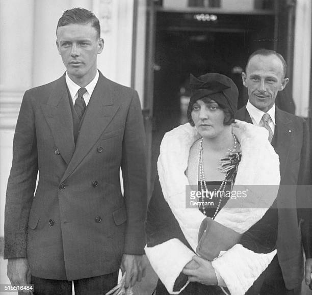 Ruth Elders, Charles Lindbergh and twelve other sea fliers were the gusts of the President and Mrs. Coolidge at a luncheon President and Mrs....