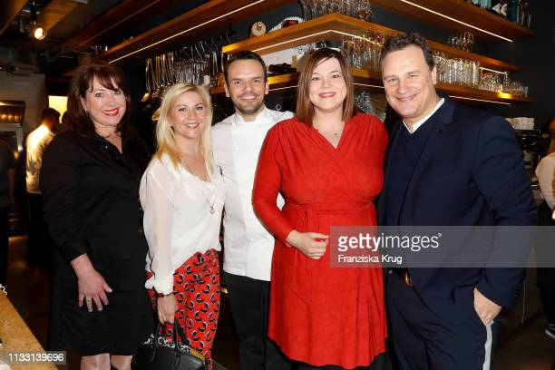 Ruth Neri Aleksandra Bechtel Steffen Henssler Katharina Fegebank and Guido Maria Kretschmer during the DKMS Life charity ladies lunch on March 27...