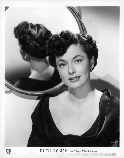 ruth-roman-publicity-portrait-for-the-fi