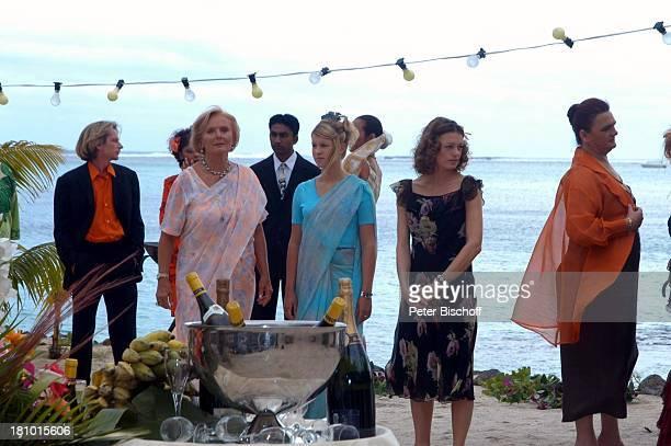 RuthMaria Kubitschek Miriam Morgenstern Elke Winkens Komparsen ARDReiheTraumhotels 1Folge Sterne über Mauritius Hotel Dinarobin Le Morne/Mauritius...