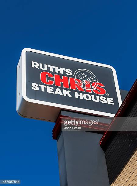 Ruth's Chris Steak House, sign and logo,.