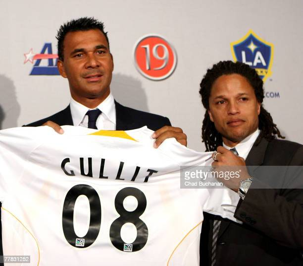 Ruud Gullit new head coach of the Los Angeles Galaxy and Cobi Jones new assistant coach at a press conference at the Home Depot Center on November 9...