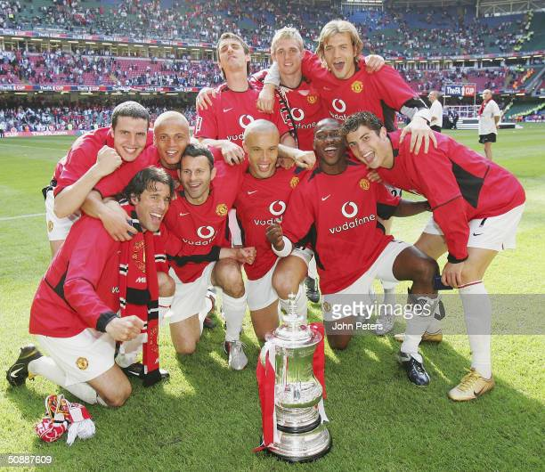 Ruud van Nistelrooy John O'Shea Wes Brown Ryan Giggs Gary Neville Mikael Silvestre Darren Fletcher Eric DjembaDjemba Roy Carroll and Cristiano...