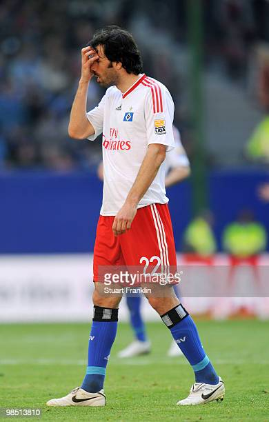 Ruud Van Nistelrooy of Hamburg looks dejected during the Bundesliga match between Hamburger SV and FSV Mainz 05 at HSH Nordbank Arena on April 17 in...