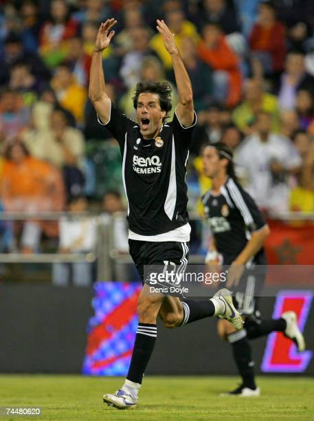 Ruud van Nistelrooy of Real Madrid celebrates after scoring a goal in the Primera Liga match between Real Zaragoza and Real Madrid at the Romareda...