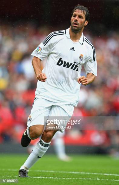 Ruud van Nistelrooy of Real Madrid in action during the preseason friendly match between SV Hamburg and Real Madrid during the Emirates Cup at the...