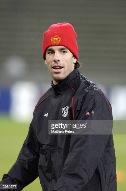 Ruud van Nistelrooy training the night before the UEFA Champions League match between Bayern Munich v Manchester United match at the Olympiastadion...