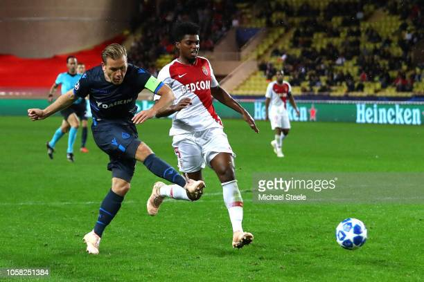Ruud Vormer of Club Brugge scores his team's fourth goal during the Group A match of the UEFA Champions League between AS Monaco and Club Brugge at...