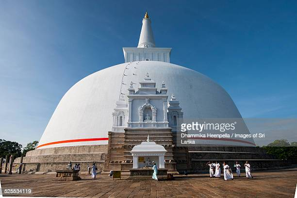 ruwanweliseya stupa, anuradhapura - stupa stock pictures, royalty-free photos & images