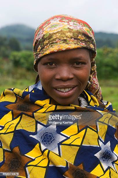 Rwanda Virunga Volcanoes Area Portrait Of Local Woman