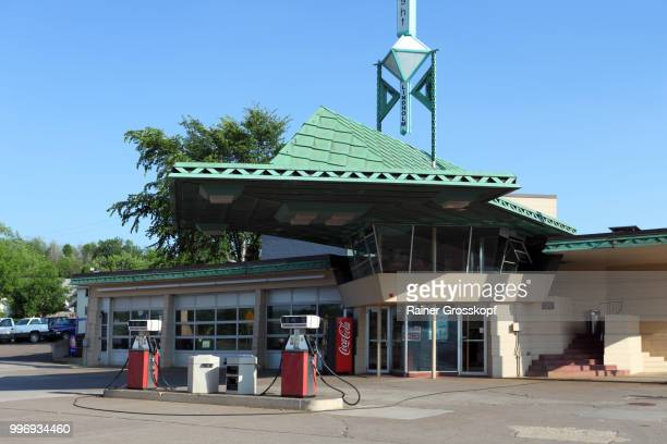 r.w.lindholm gas station (1958) - rainer grosskopf stock-fotos und bilder