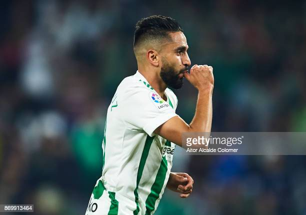 Ryad Boudebouz of Real Betis Balompie celebrates after scoring the second goal for Real Betis Balompie Balompie during the La Liga match between Real...