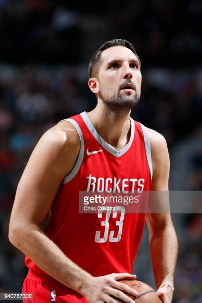 Ryan Anderson of the Houston Rockets shoots a free throw during the game against the San Antonio Spurs on April 1 2018 at the ATT Center in San...
