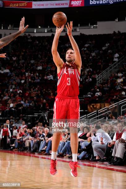 Ryan Anderson of the Houston Rockets shoots the ball during a game against the Sacramento Kings on January 31 2017 at the Toyota Center in Houston...