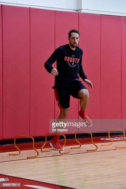 Ryan Anderson of the Houston Rockets warms up during a Houston Rockets practice at Toyota Center in Houston Texas on March 14 2018 NOTE TO USER User...