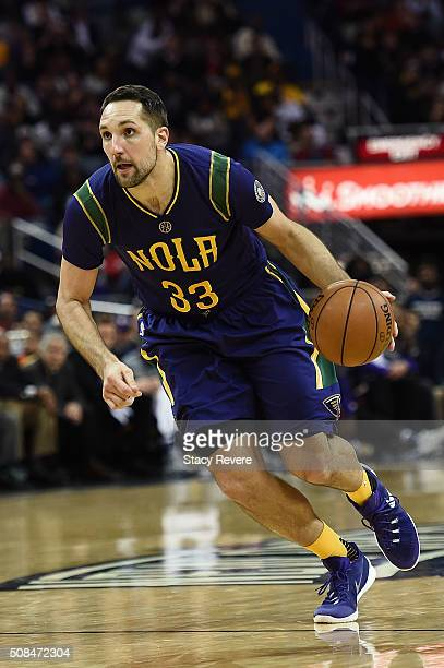 Ryan Anderson of the New Orleans Pelicans drives to the basket during the first half of a game against the Los Angeles Lakers at the Smoothie King...
