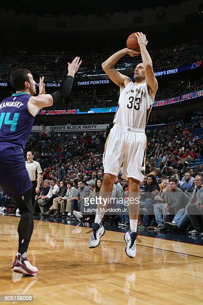 Ryan Anderson of the New Orleans Pelicans shoots against the Charlotte Hornets during the game on January 15 2016 at Smoothie King Center in New...