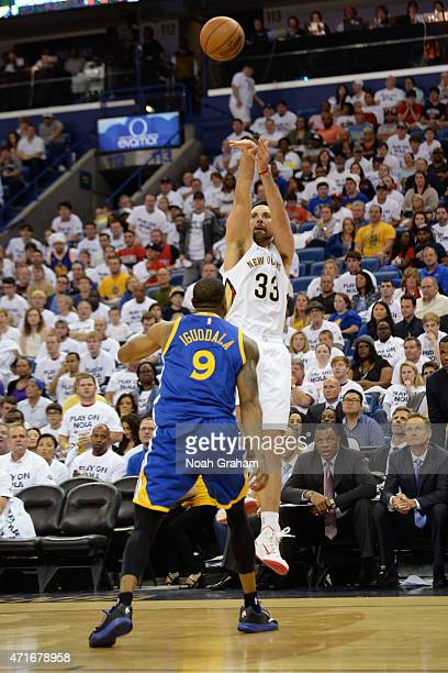 Ryan Anderson of the New Orleans Pelicans shoots the ball during Game Four of the Western Conference Quarterfinals against the Golden State Warriors...