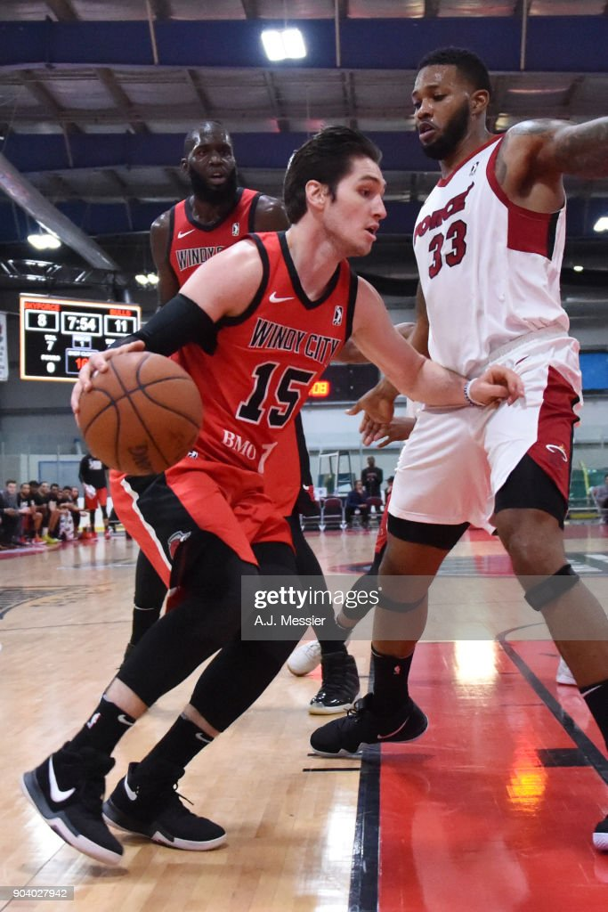 Ryan Arcidiacono #15 of the Windy City Bulls handles the ball during the game against the Sioux Falls Skyforce at the NBA G League Showcase Game 13 on January 11, 2018 at the Hershey Centre in Mississauga, Ontario Canada.