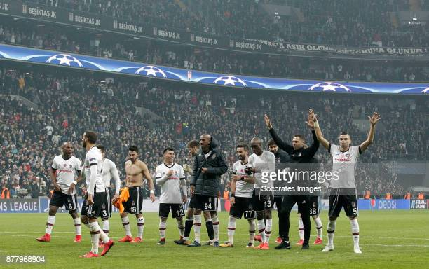 Ryan Babel of Besiktas Adriano of Besiktas Tolgay Arslan of Besiktas Gary Medel of Besiktas Anderson Talisca of Besiktas Atiba Hutchinson of Besiktas...