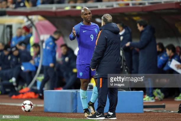 Ryan Babel of Holland coach Dick Advocaat of Holland during the friendly match between Romania and The Netherlands on November 14 2017 at Arena...