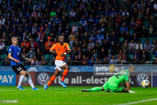Ryan Babel of Netherlands scores a goal during the UEFA Euro 2020 Qualifier group C match between Estonia and Netherlands at A le Coq Arena on...