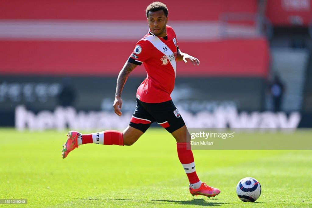 Southampton v Burnley - Premier League : Nieuwsfoto's